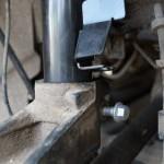 Меняем передние амортизаторы Ford Mondeo