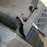 Меняем лампы в фаре головного света Ford Fiesta (MARK 6) (ближний дальний, габариты, указателей поворотов) и протвотуманных фарах.