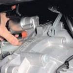Снимаем и проверяем стартер Ford Focus II