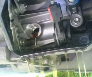Меняем масло в механической КПП Форд Фокус 2
