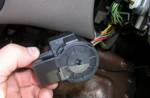 Как поменять личинку в замке зажигания на форд транзит